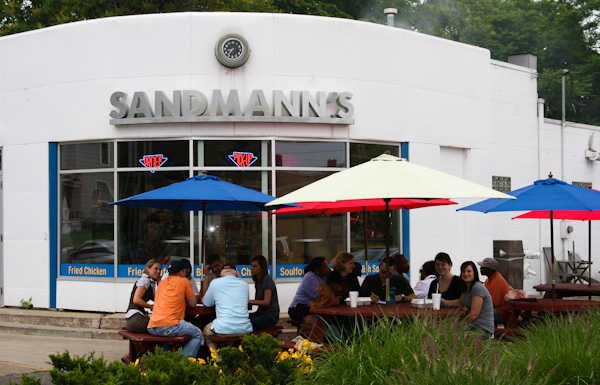 Sandmann's BBQ on Wealthy